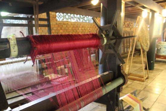Silk weaving - Jim Thompson House